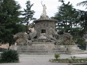 Statua della Dea Feronia a Cisterna di Latina